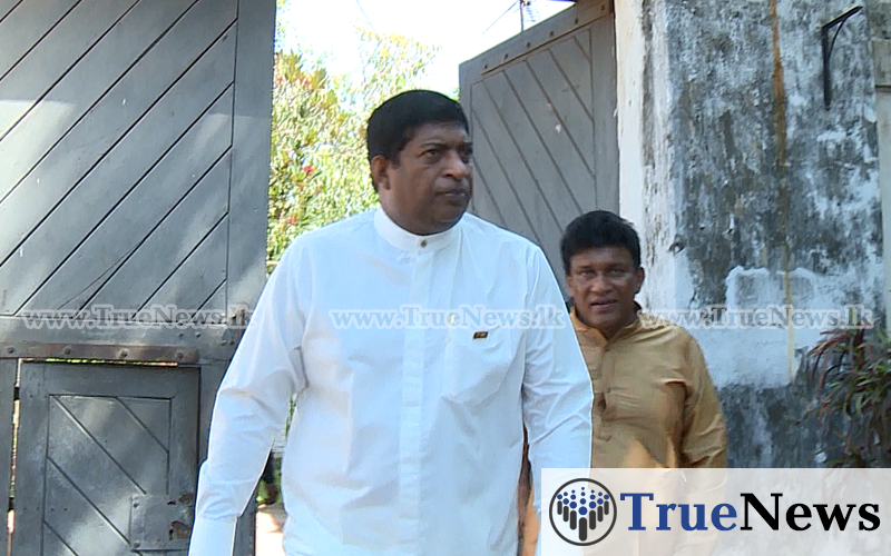 ravi-mano-and-azath-visit-gnanasara-in-prison