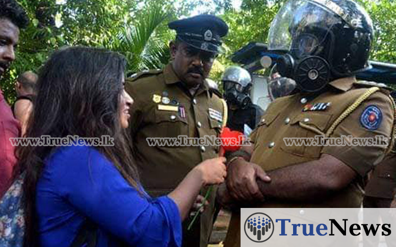 rose-to-police-from-university-student