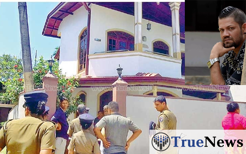 police-cheked-ryan-van-rooyen-sisters-house
